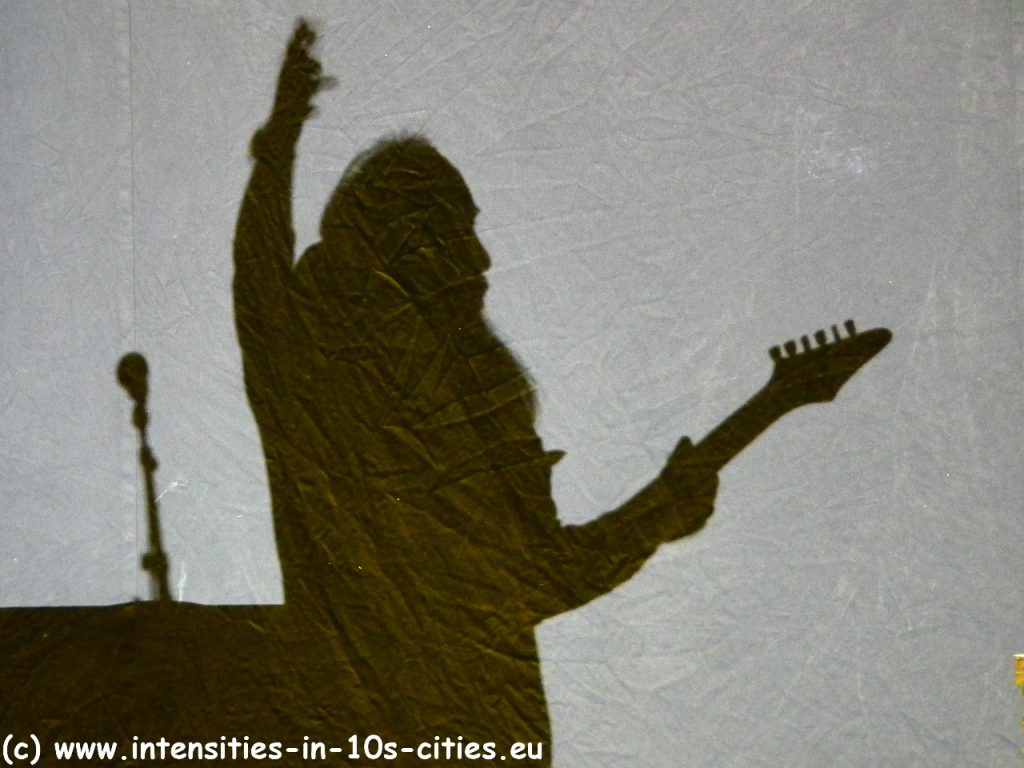 Uli_Jon_Roth_062012-shadow.JPG
