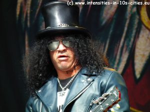 Slash_Graspop_2012_0015.JPG