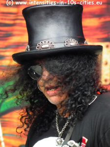Slash_Graspop_2012_0053.JPG
