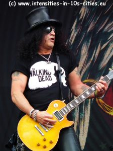 Slash_Graspop_2012_0075.JPG