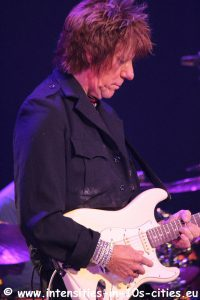 Jeff-Beck_25oct2016_0112.JPG