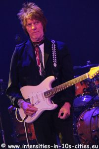 Jeff-Beck_25oct2016_0129.JPG