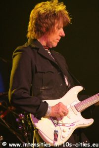 Jeff-Beck_25oct2016_0172.JPG