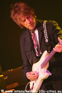 Jeff-Beck_25oct2016_0204.JPG