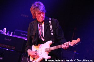 Jeff-Beck_25oct2016_0311.JPG