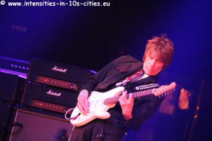 Jeff-Beck_25oct2016_0321.JPG