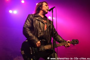 MonsterMagnet122012_0006.JPG