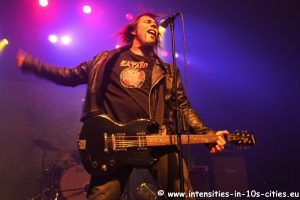 MonsterMagnet122012_0007.JPG