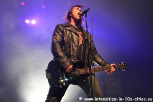 MonsterMagnet122012_0008.JPG