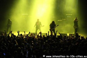 MonsterMagnet122012_0013.JPG