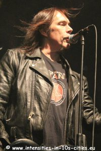 MonsterMagnet122012_0019.JPG