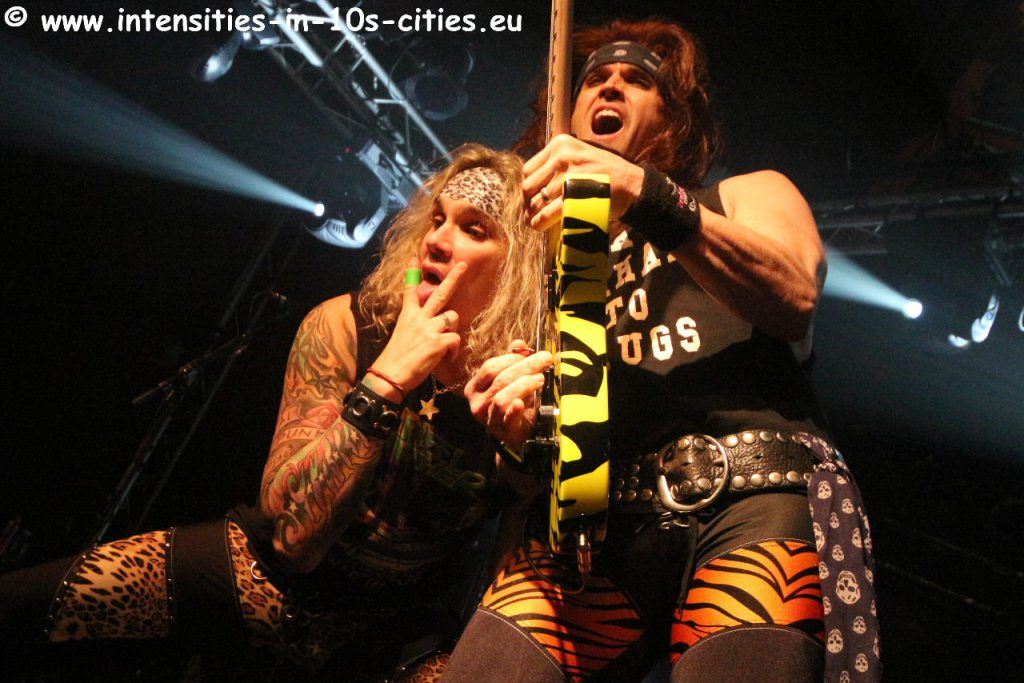 Steel-Panther_07fev2018_0117.JPG